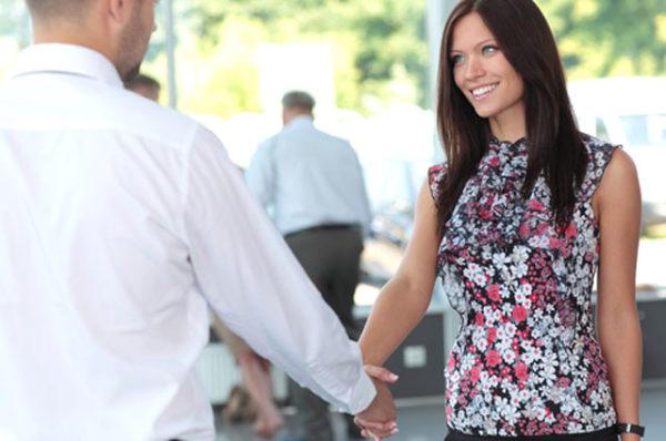 Хорошого коханця можна визначити по рукостисканню!