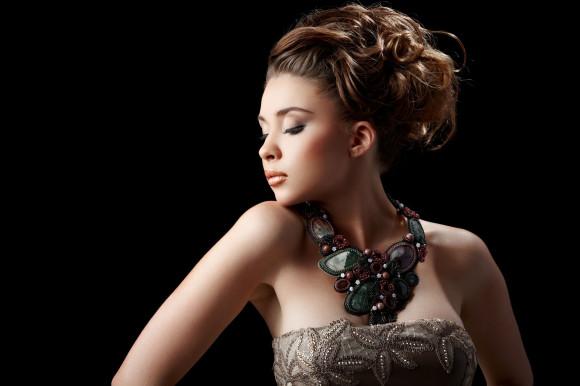 Чому кожна жінка обов'язково має носити прикраси і чому пірсинг свідчить про непорядність