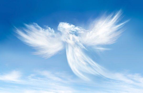 5 ознак, які допоможуть зрозуміти, що янгол-охоронець знаходиться поруч з вами