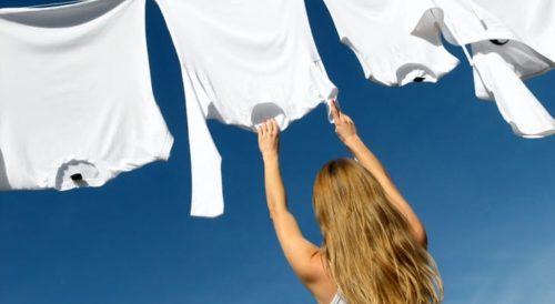 Як повернути білизну білих речей в домашніх умовах: ефективні поради